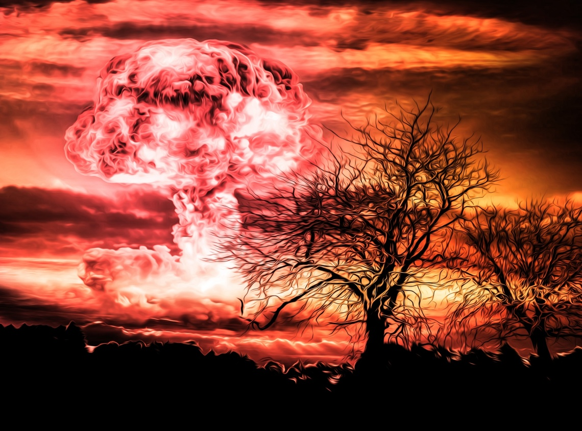nuclear-bomb-explosion-1478796377Hhl